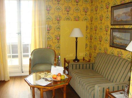 La Pinte du Vieux Manoir: Living room