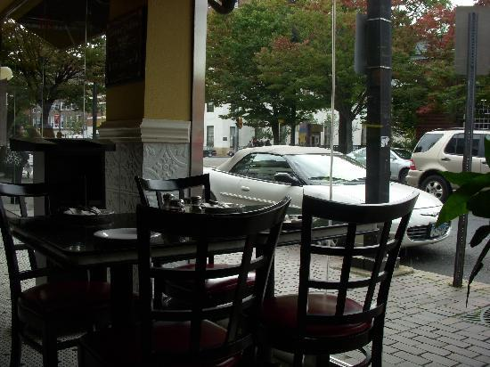 Remo's Brick Oven Pizza: View from inside Remo's