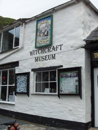 The Museum of Witchcraft: Yes! It is! :)