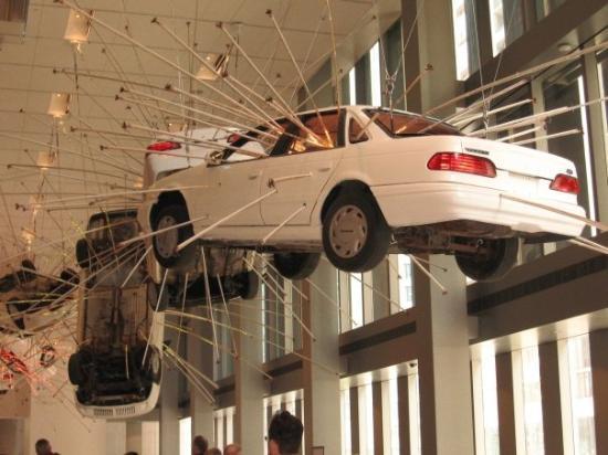 Seattle Art Museum: Seattle Museum of Modern Art Lobby