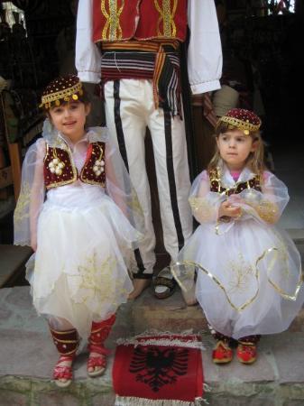 ติรานา, แอลเบเนีย: My little niece's
