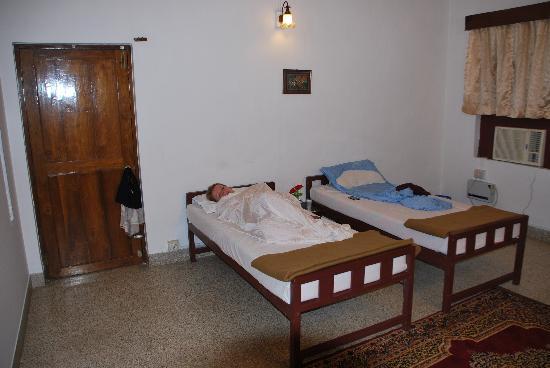 Fort Heaven Residency: bedroom