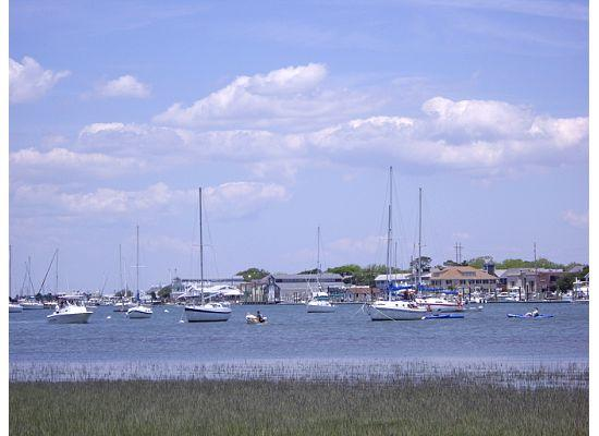 Beaufort, Carolina do Norte: By Carrot Island
