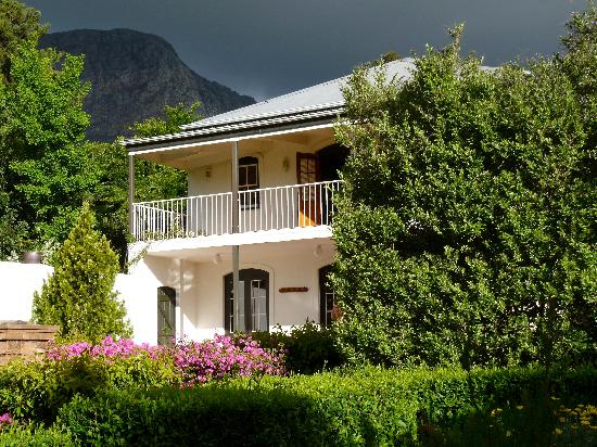 Akademie Street Boutique Hotel and Guest House: Gelantenheid House