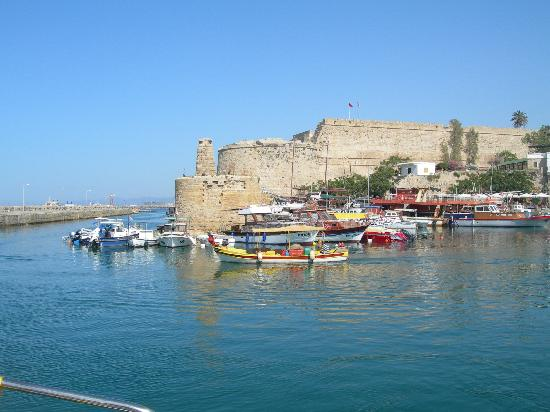 Nostalgia Hotel: Kyrenia castle