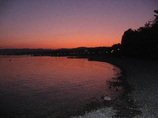 Moniga del Garda, Italy: Sonnenuntergang