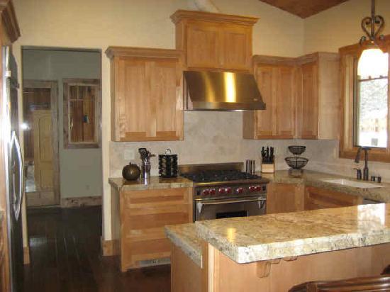 Old Greenwood Resort - Tahoe Mountain Lodging: They had a nice kitchen