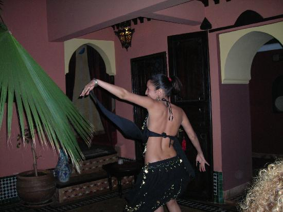 Riad Ajebel: espectaculo durante la última cena