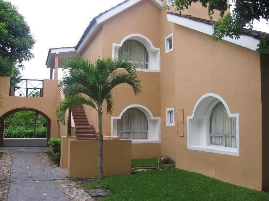 Amatique Bay Resort & Marina: Villas