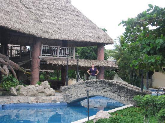 Amatique Bay Resort & Marina : Pool