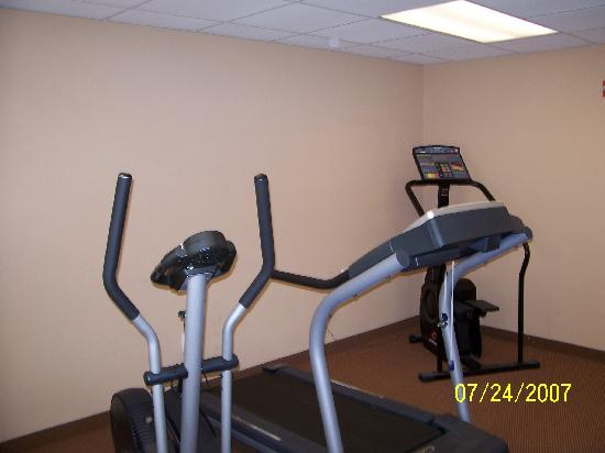 Quality Inn : Fitness room Equipment