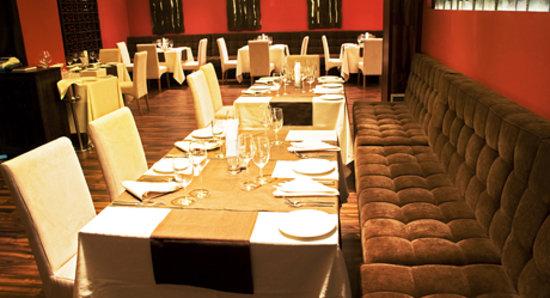 Maison Godet French Wine & Dinner : The restaurant inside