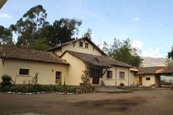 Hosteria-PapaGayo South: entrada principal