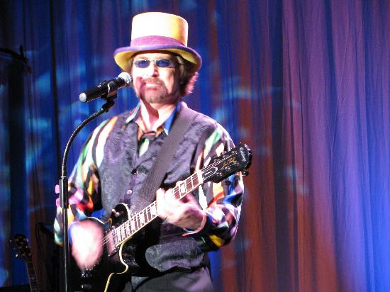 Rockbox Theater: T.J. Smith can do Wille, Tom Petty, Kenny Rogers, Bill Clinton, etc
