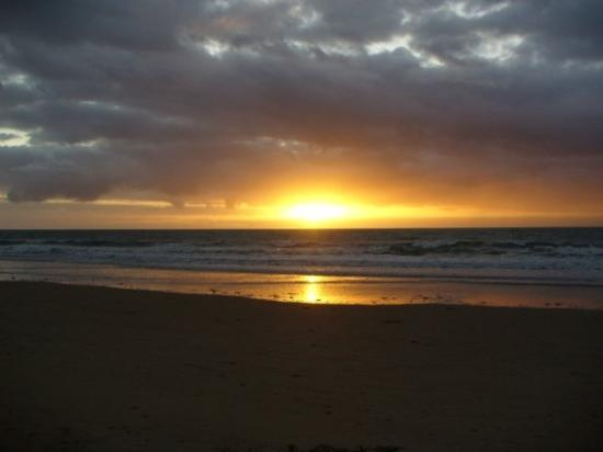 Sunrise on Four Mile Beach, Port Douglas, QLD  Picture of Four Mile