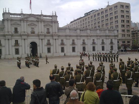 La Moneda : Santiago Chile Cambio de Guardia 1