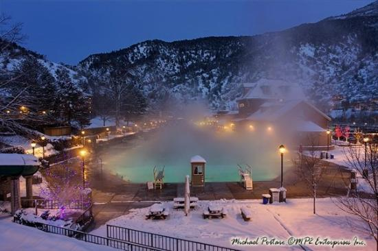 Glenwood Hot Springs Pool: Glenwood Hot Springs, Glenwood Springs Colorado. Nestled in the mountains along the Colorado Riv