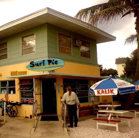 Surf Pie, jalousie windows and all