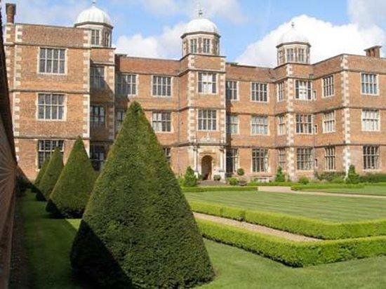 Линкольн, UK: Doddington Hall east front