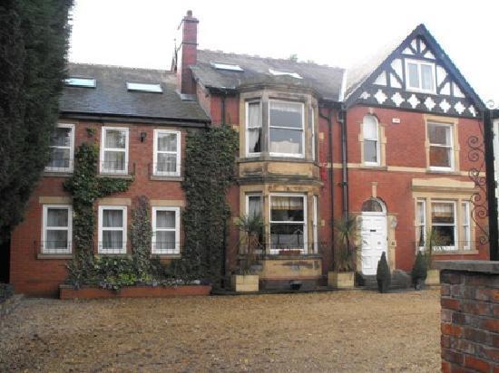 The Sandhurst: The Hotel & Restaurant