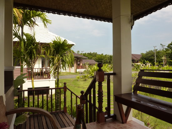 Baan Janthai: the view  from middle guesthouse with the mainhouse in the back