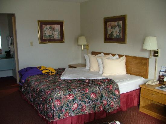 Best Western Inn: King Bed