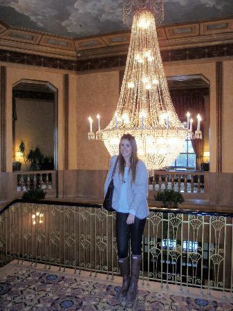 Niagara Falls Hotels >> Lobby - Picture of Crowne Plaza Niagara Falls - Fallsview ...