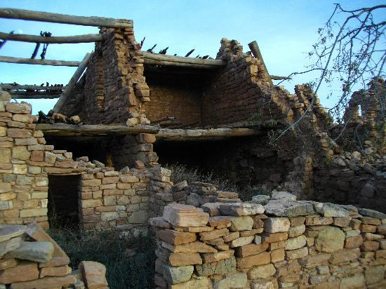 Fort Apache, Аризона: Kinishba Ruins Dwelling with Beams