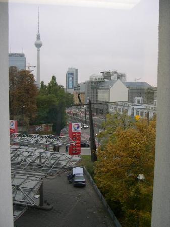 Ibis Berlin Mitte: View from the 3rd floor towards Alexanderplatz