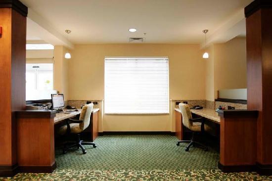 Fairfield Inn & Suites South Boston: Business Center