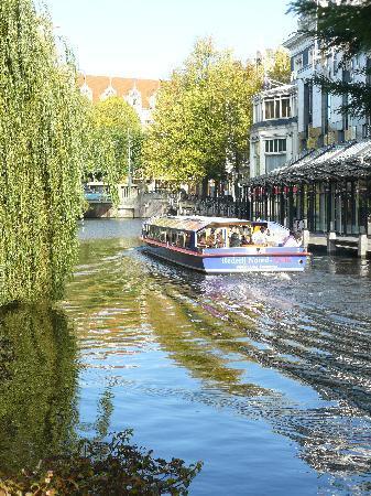 Prinsen Hotel: Canal near the hotel