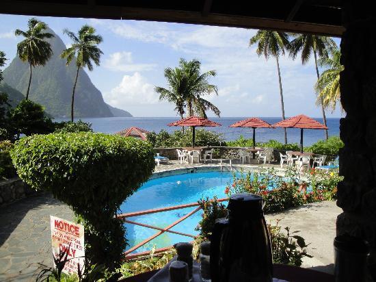Hummingbird Beach Resort : View from Resturant