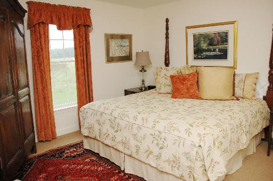 Guest Houses at Pineland Farms: Guest House Bedroom
