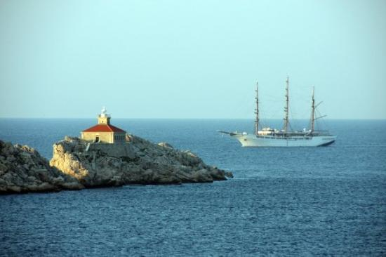 Importanne Resort Dubrovnik : tall ship near Dubrovnik