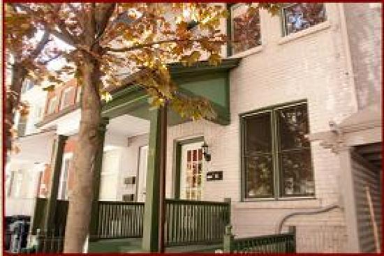 Les Amis Bed Breakfast Toronto On