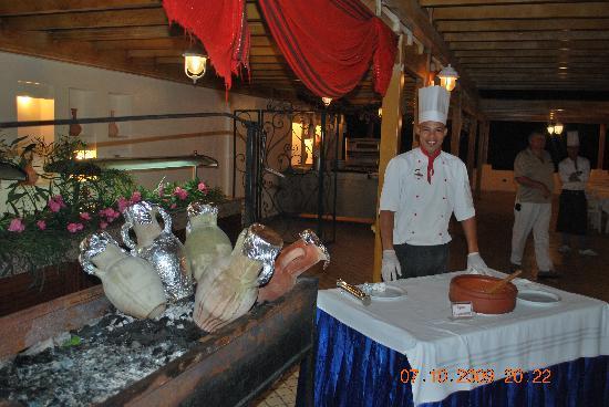 Club Eldorador Salammbo : Restaurant.