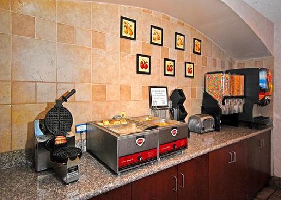 A Victory Inn & Suites Phoenix North: Comfort Inn