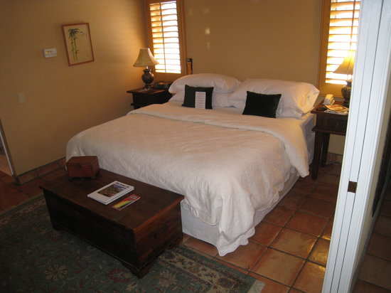 The Hacienda at Warm Sands: junior suite - room 4 bed