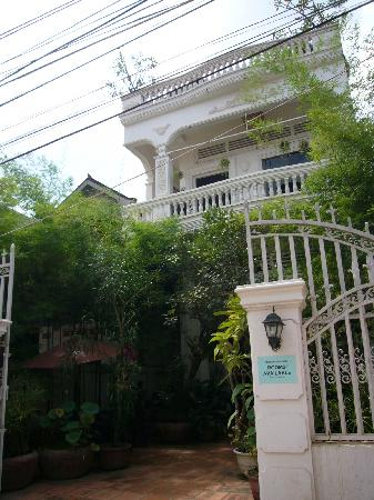 Ei8ht Rooms Guesthouse: Eight Rooms Guest House - Garden Wing