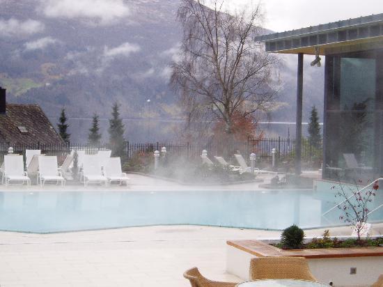 Hotel Alexandra: Outside pool