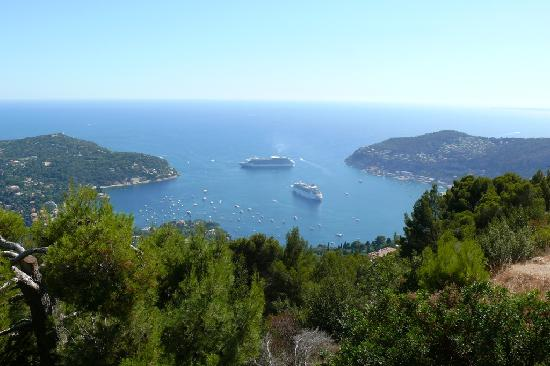 Hotel Saint Michel : View over Villefranche's harbour by the bus stop, 1 min walk from the hotel