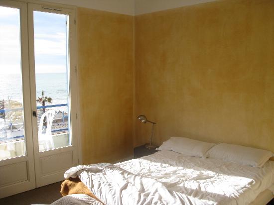 Vanillé Hôtel : again my room