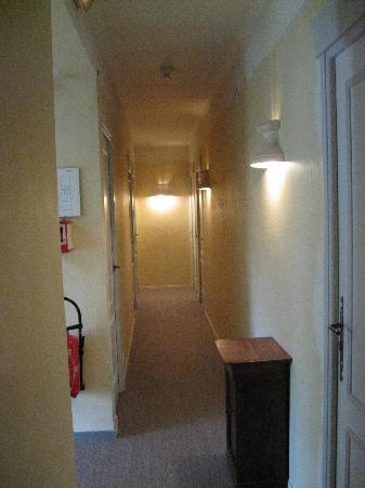 Vanillé Hôtel : alley