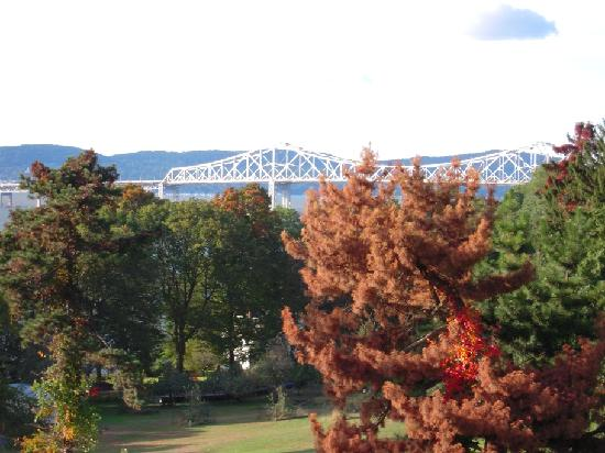 Tarrytown, Nova York: The view of the bridge