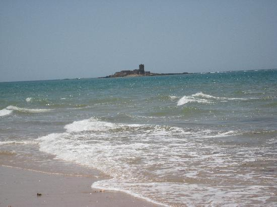 San Fernando, Spain: Playa de Camposoto, El Castillo