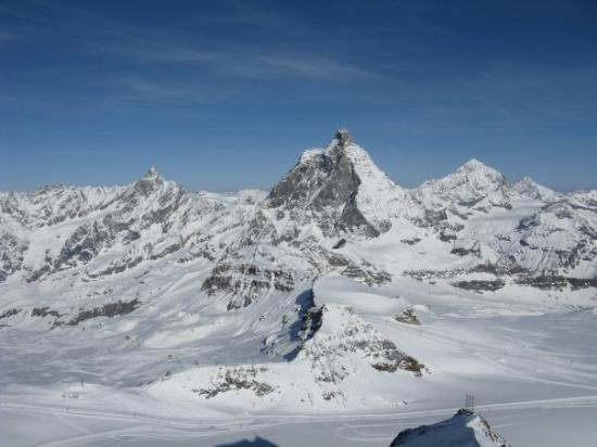 how to go to matterhorn from zermatt
