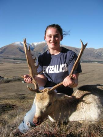 Omarama, New Zealand: Its called a Fallow deer.