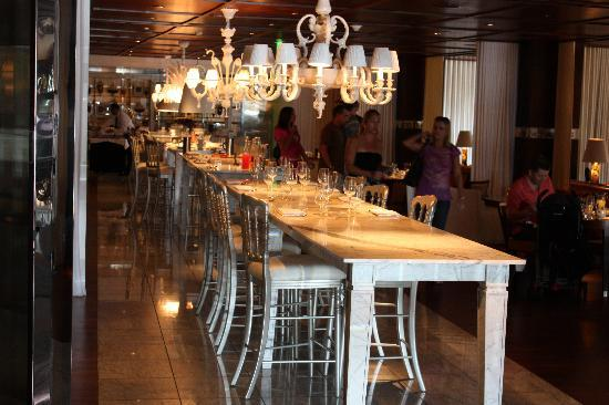 SLS Hotel, A Luxury Collection Hotel, Beverly Hills: The Restaurant