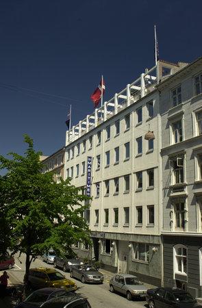 Hotel Maritime