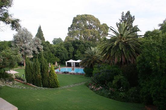 Fairlawns Boutique Hotel & Spa: Gardens